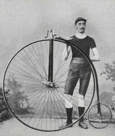 grand bi velocipede ancetre moto